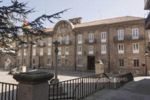 Real Audiencia y Capitanía General del Reino de Galicia, desde la cabecera de la iglesia de Santiago